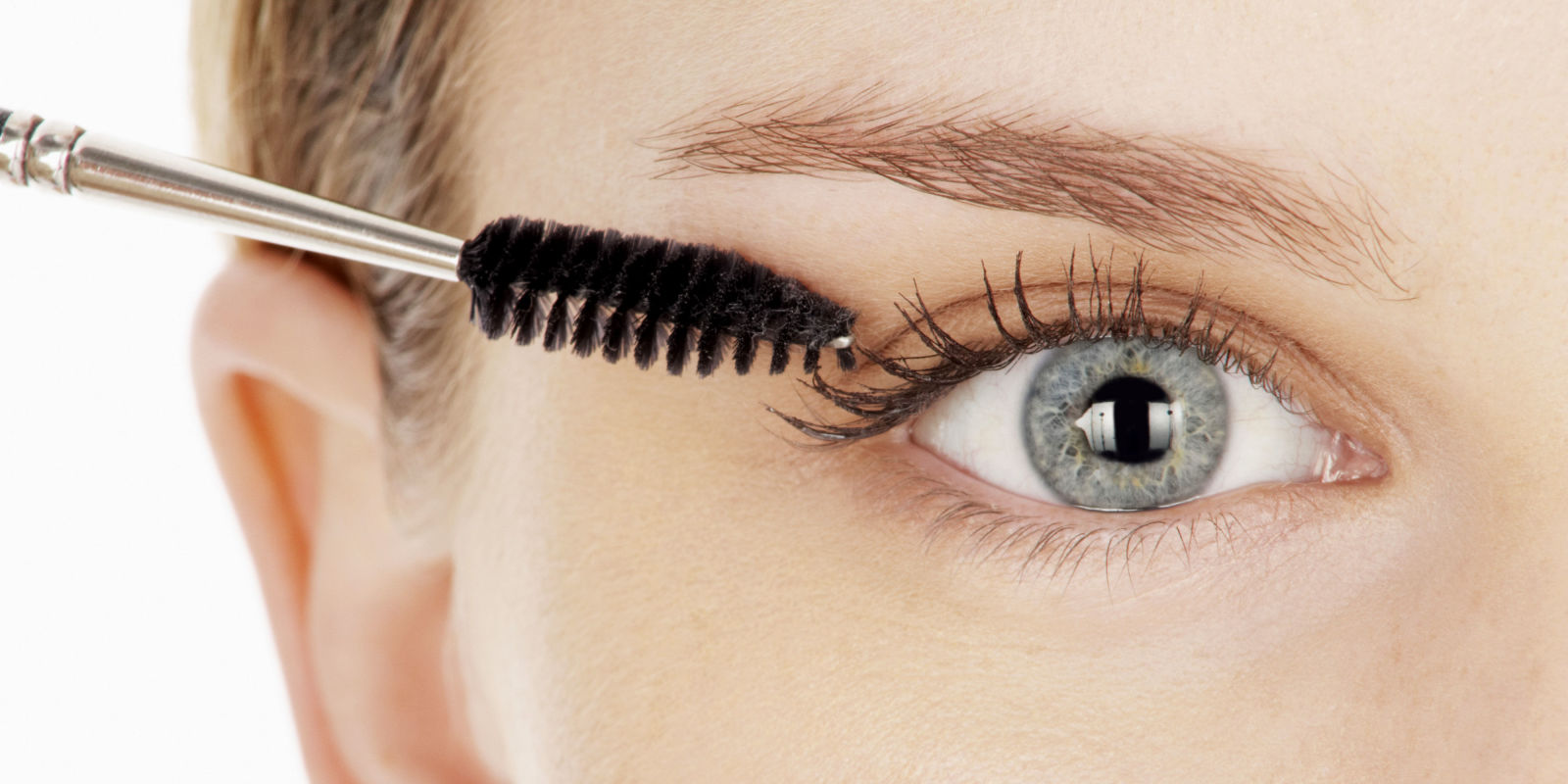 How to Get Faux-Looking Lashes Using Baby Powder - Baby Powder ...