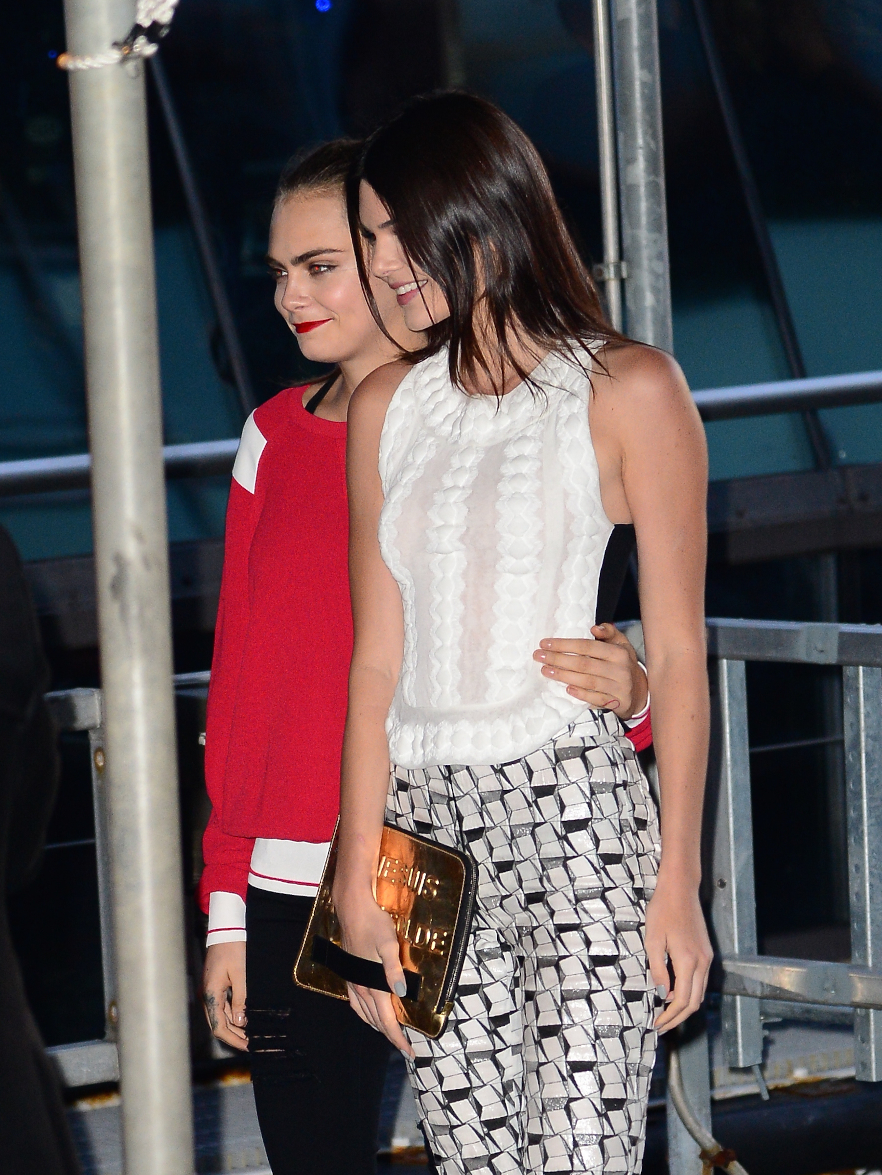 To acquire Buzz link kendall jenner cara delevingne picture trends