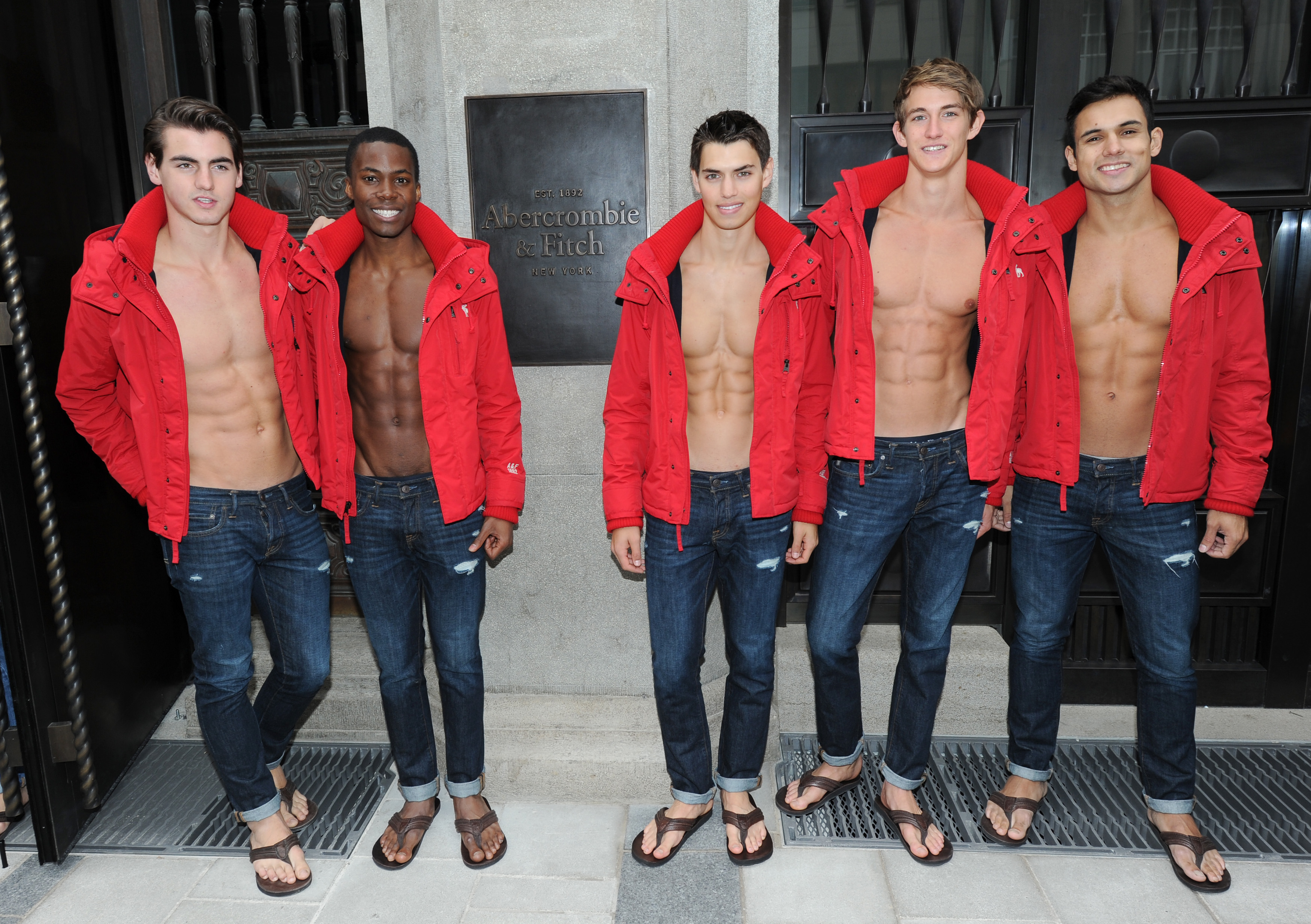 An Ode to the Shirtless Abercrombie & Fitch Models