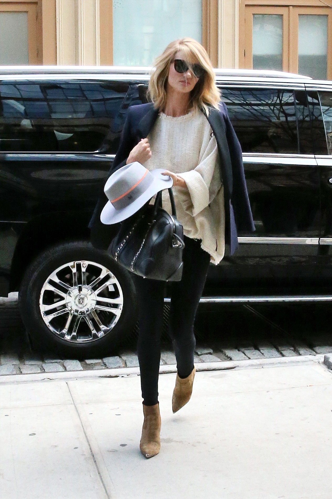Rosie Huntington Whiteley Style Rosie Huntington Whitley 39 S Most Impossibly Perfect Looks