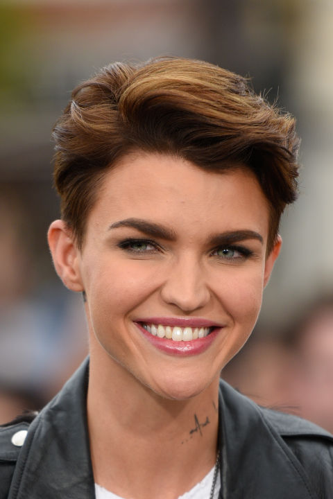 Ruby Rose Long and Short Hair, Beauty and Makeup Looks ...