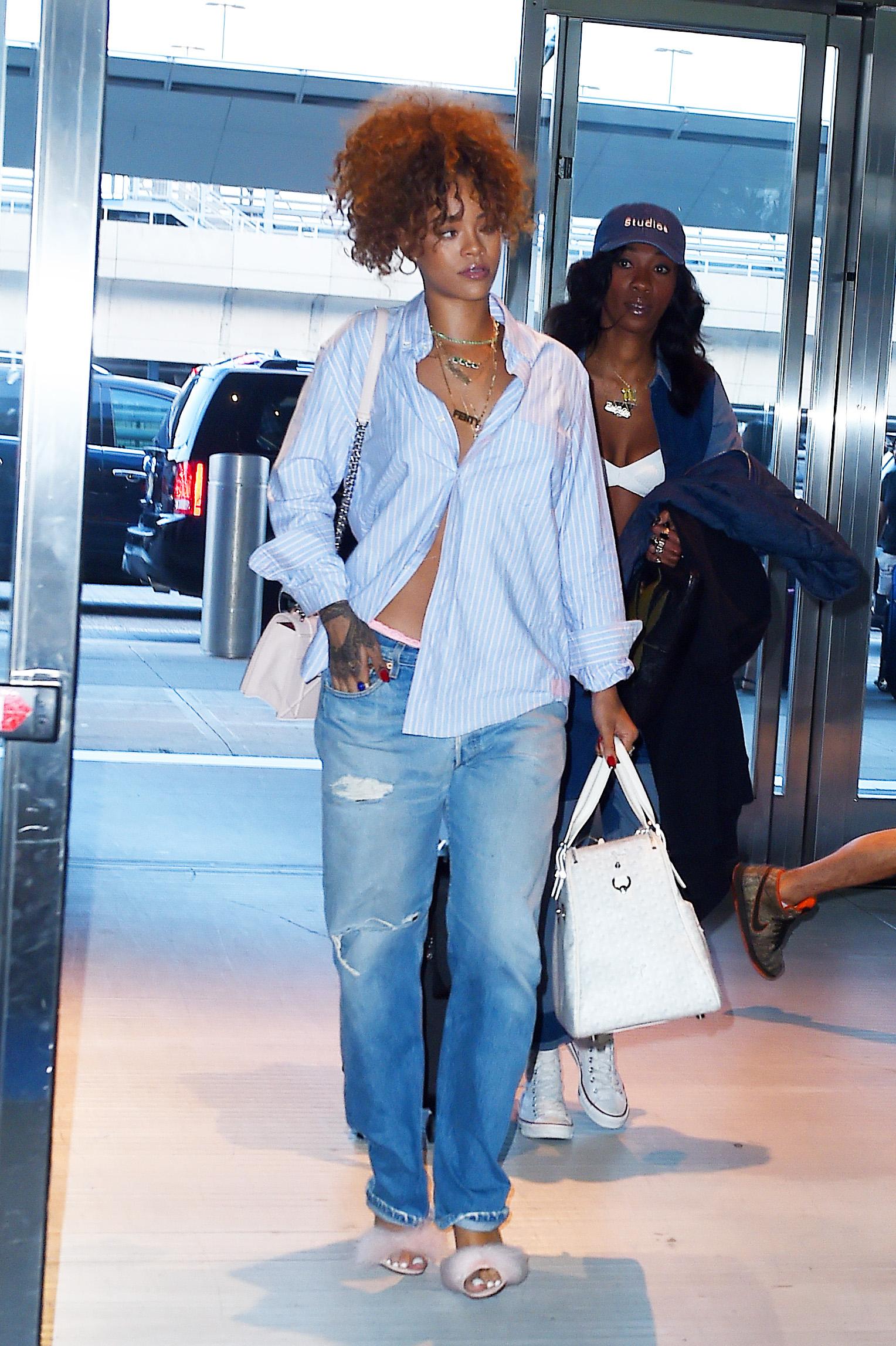 Rihanna 39 S Best Fashion Moments Rihanna Style Photos