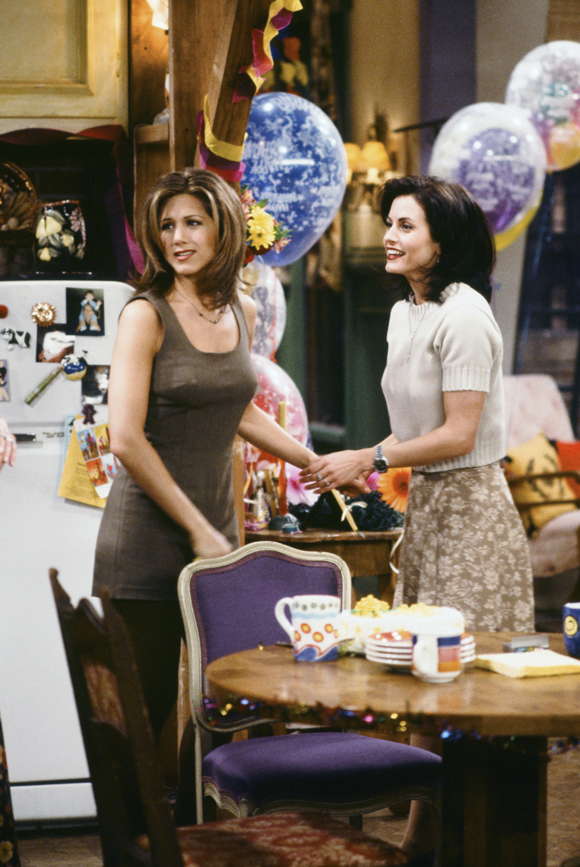jennifer aniston wedding details monica geller played a