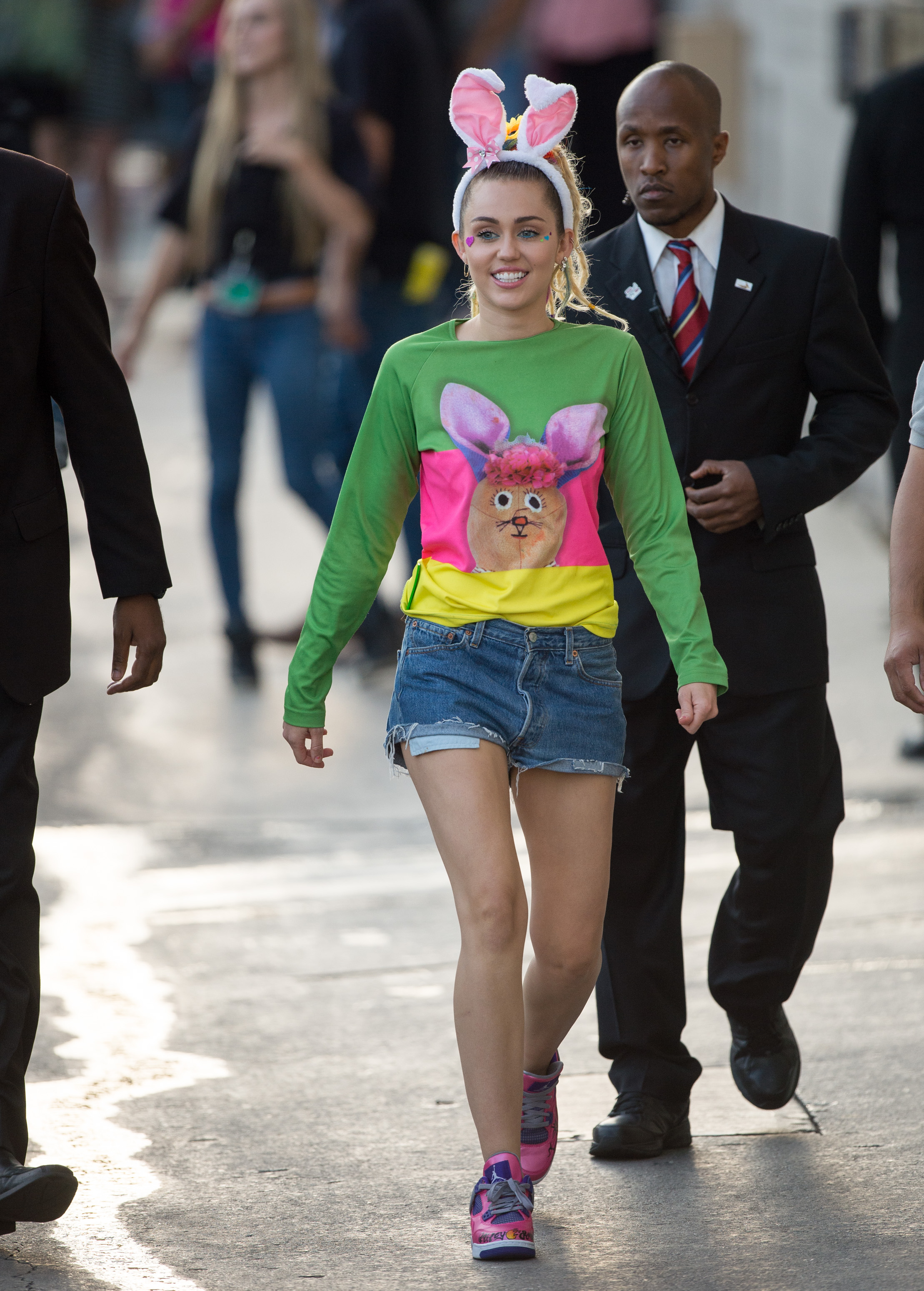 Miley Cyrus Fashion And Style Evolution The Style Metamorphosis Of Miley Cyrus