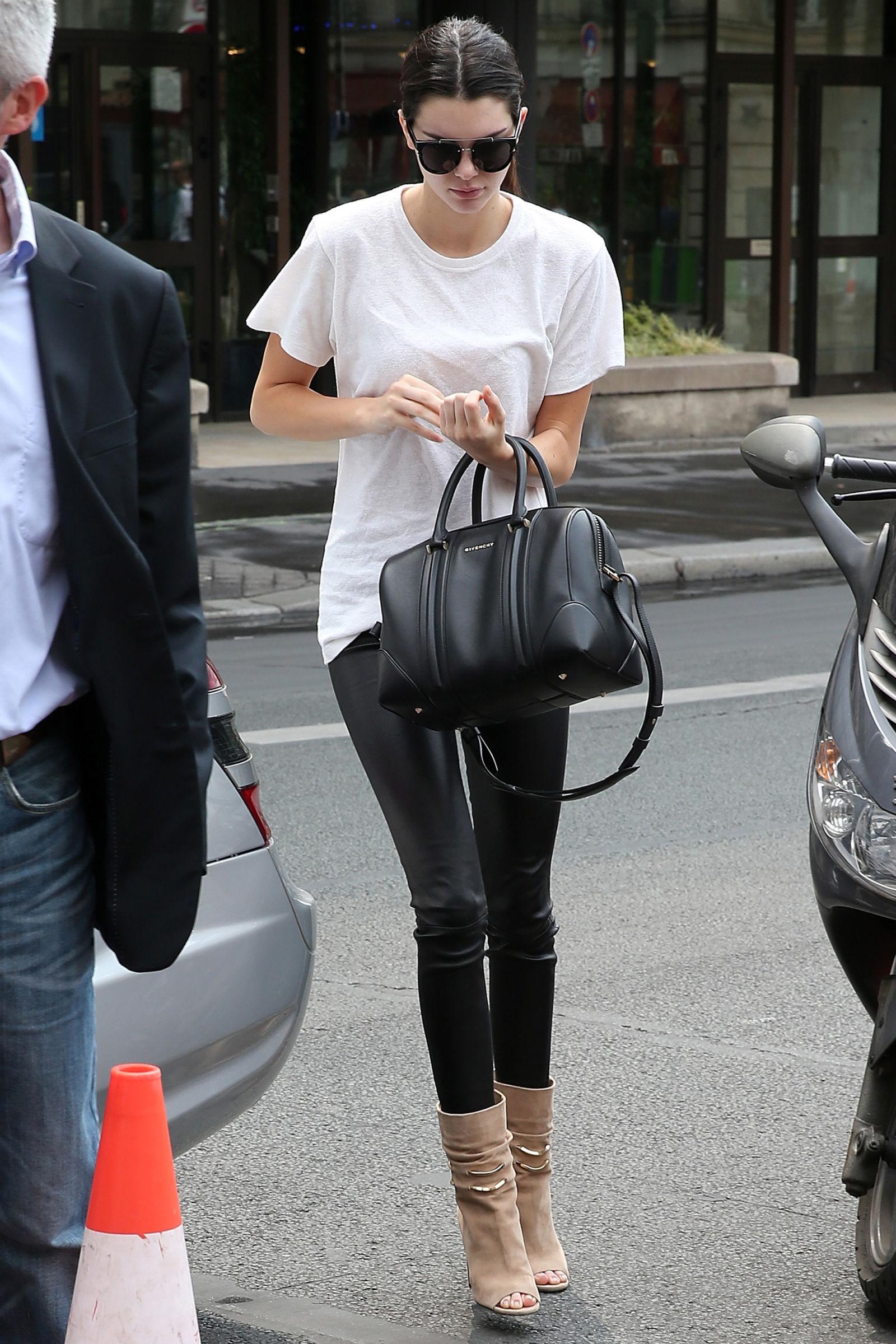 4 Pairs of Popular Leggings Celebrities Love | Who What Wear