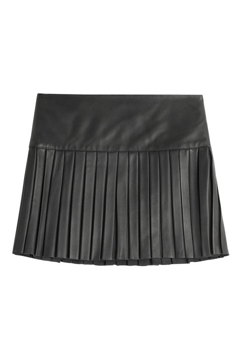 15 Pleated Mini Skirts - Best Mini Skirts for Fall - ELLE
