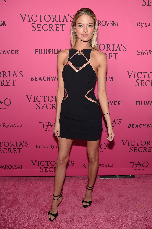 Black dress victoria secret - Victoria S Secret After Party Looks Victoria S Secret Angel Party Outfits