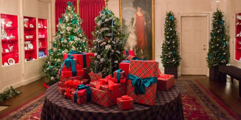 White House Holiday Decoration Photos Carolina Herrera Opening Ceremony And More