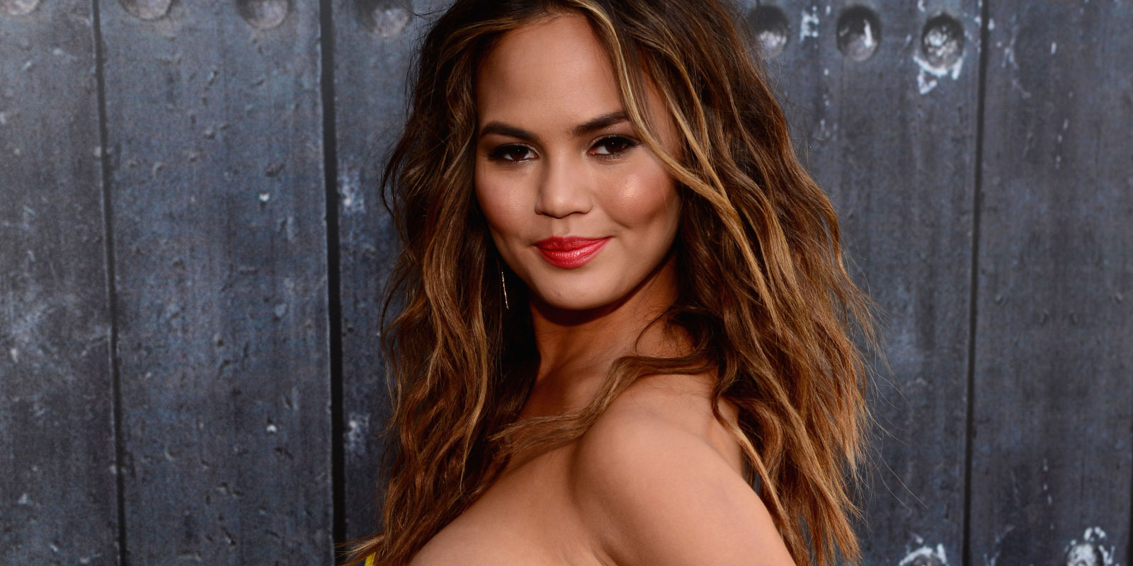 teigen bbw personals The 32-year-old model revealed that she's five months pregnant during a chat chrissy teigen reveals she's his wife when the couple started dating.
