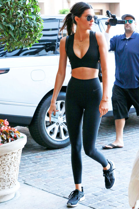 Kendall Jenner and Gigi Hadid Gym Style - Photos of Gigi and Kendall ...