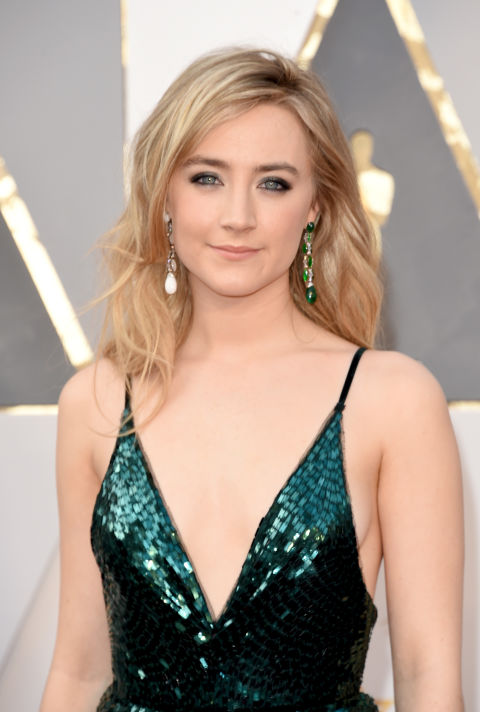 Hairstylist Adir Abergel gave Saoirse Ronan a soft tumble of loose waves. The Kit: Illusion D'Ombre Long Wear Luminous Eyeshadow in MysterioLuxurious Volume Perfectly Full Mousse and Luxurious Volume Forever Full Hairspray, both by John Frieda; velcro rollers.