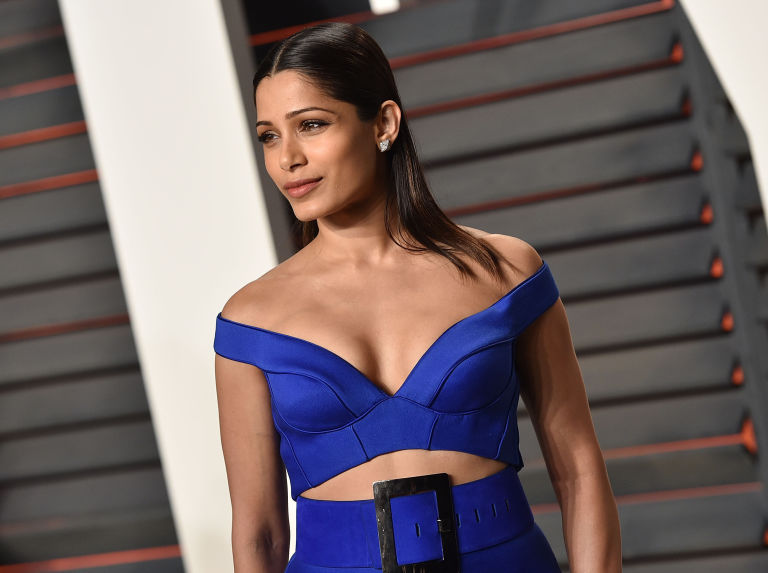 Freida Pinto 2017: Hair, Eyes, Feet, Legs, Style, Weight & No Make-up Photos - Muzul Freida Pinto