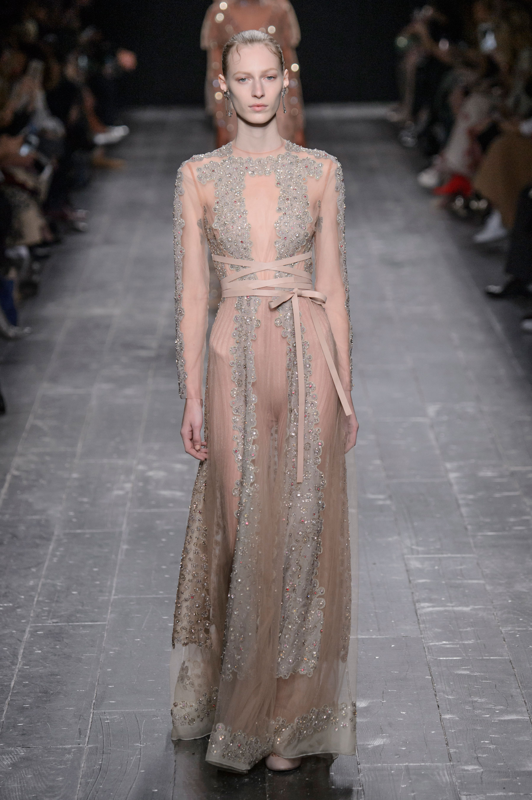 2017 05 fashion jersey dress - The Prettiest Dresses From Paris Fashion Week Fall 2016 Our Favorite Gowns From Paris Fashion Week