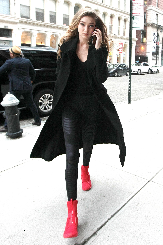 Gigi Hadid In Rihanna S Fenty Pumas Gigi Hadid Fashion