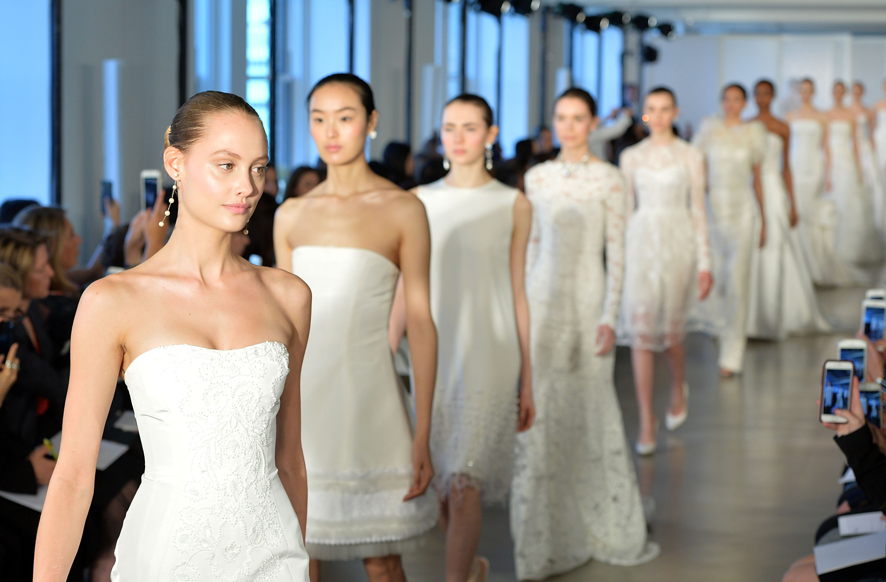 19 Simple (Yet Stunning) Dresses From Spring 2017 Bridal