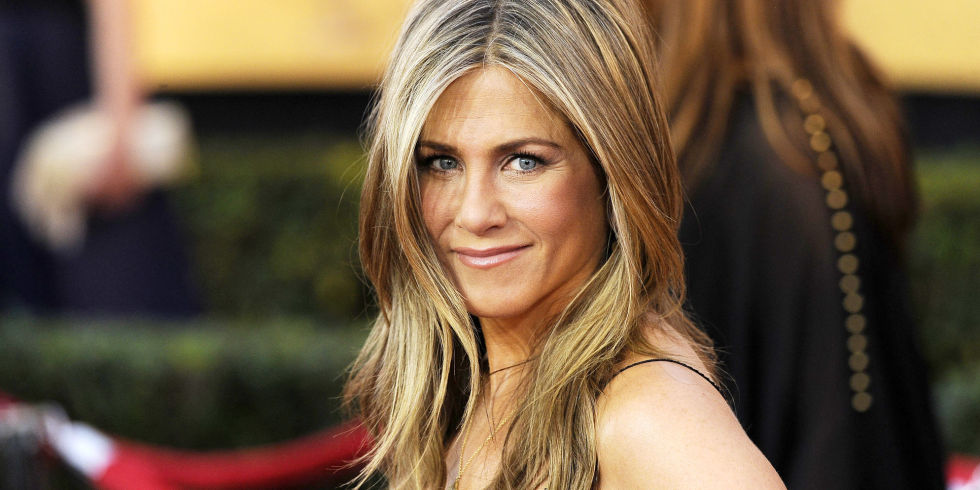 "A Round of Applause for Jennifer Aniston, Who Will Give the World ""Second Skin"" to Cure Wrinkles"