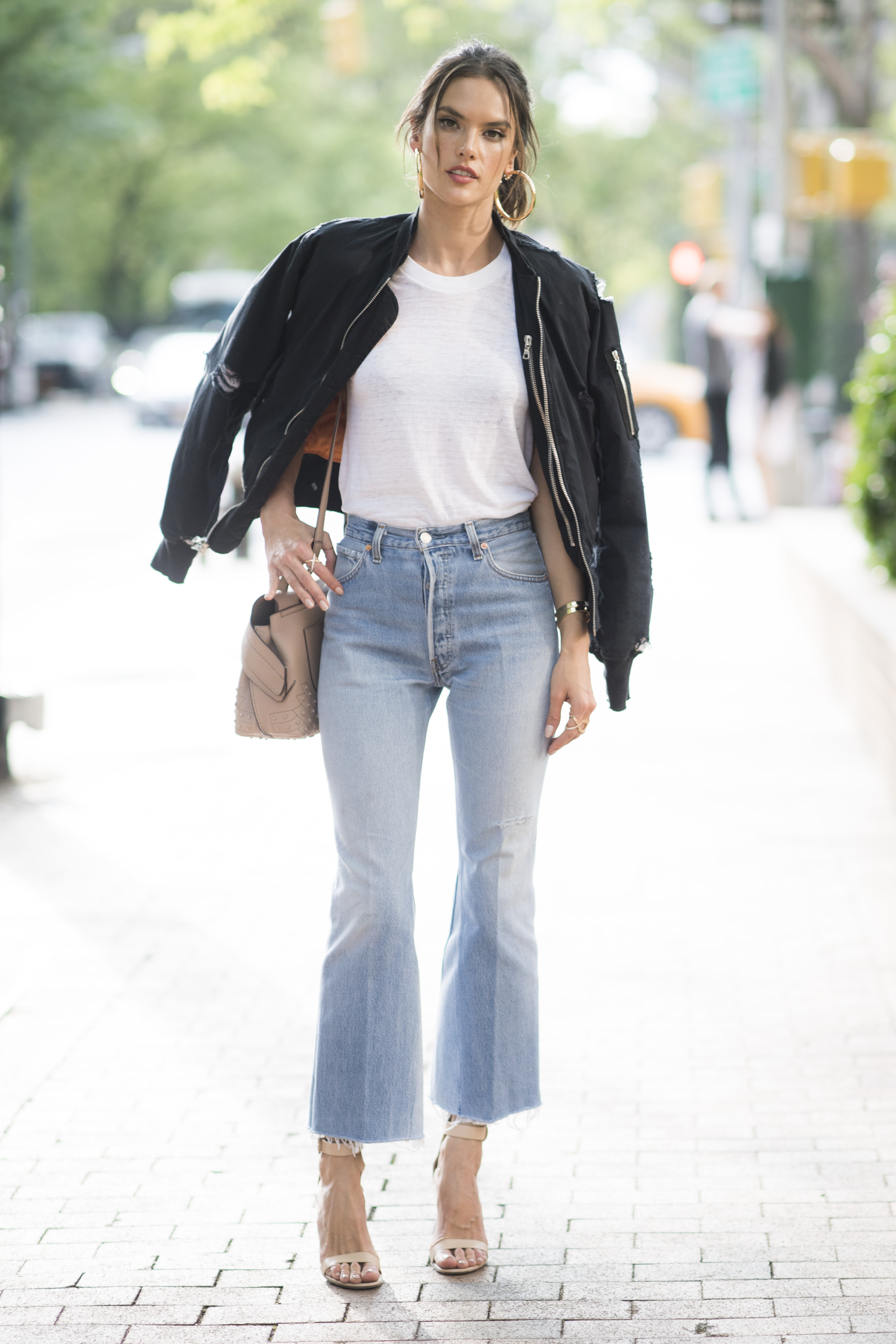 What Is The Fashionable Jean Cut For