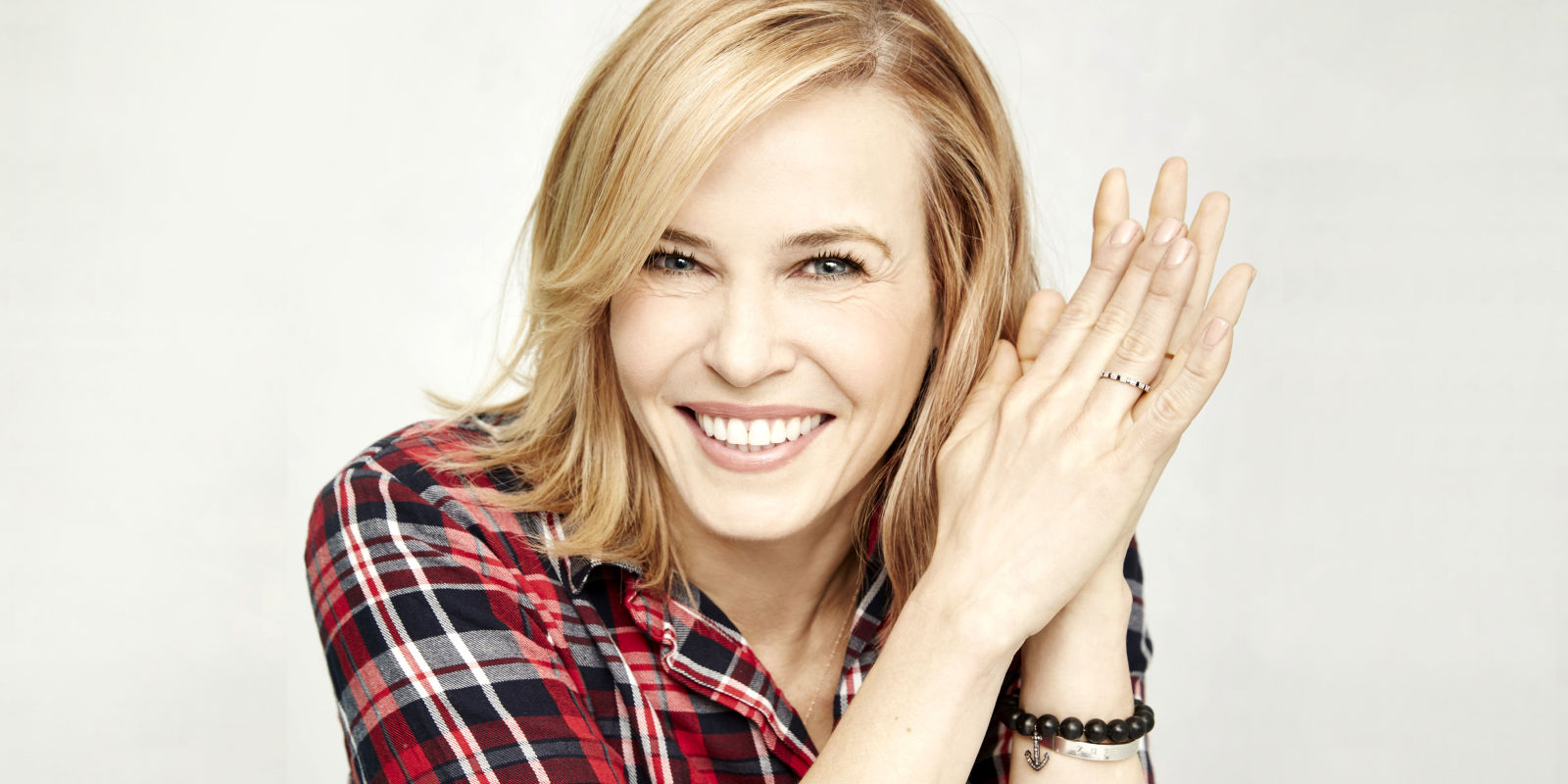 Chelsea Handler's Nude Selfies Annoy the Sh*t Out of Chelsea Handler
