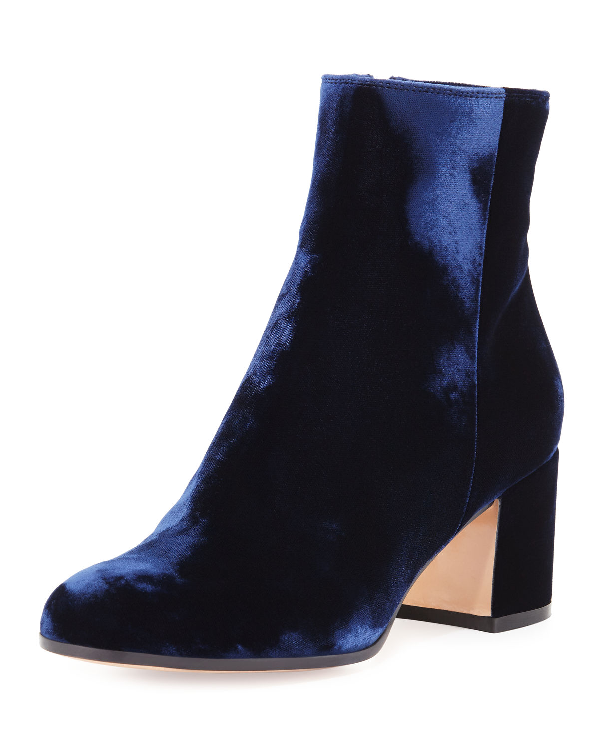 25 Must Have Ankle Boots - Fall Booties