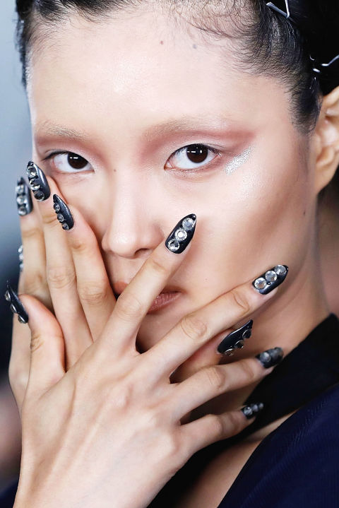 http://ell.h-cdn.co/assets/16/37/480x719/gallery-1473720974-the-blonds-nails-ss-2017.jpg