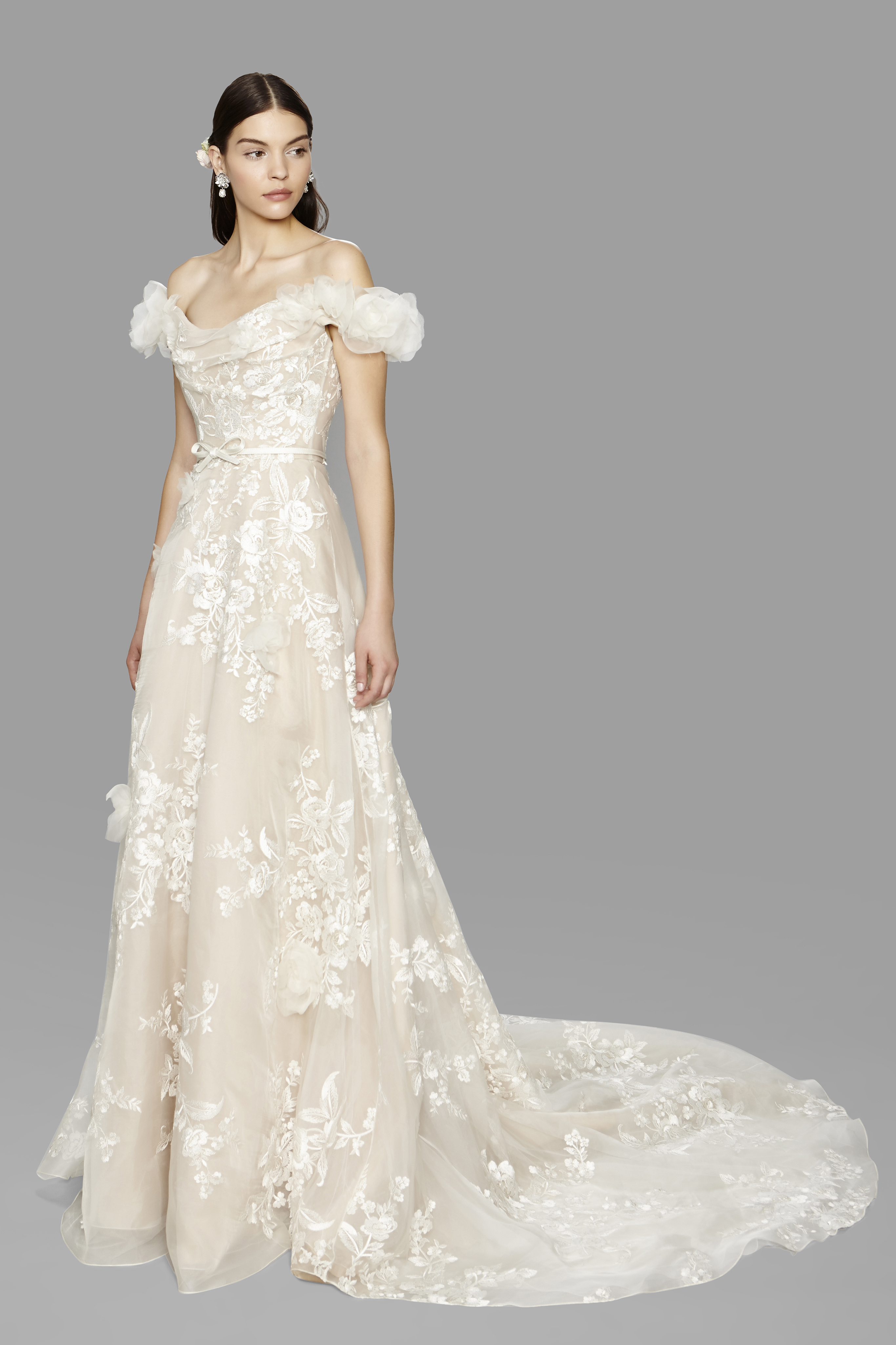 Bridal Dresses Trends 2017 In : Unexpected bridal trends from fall week