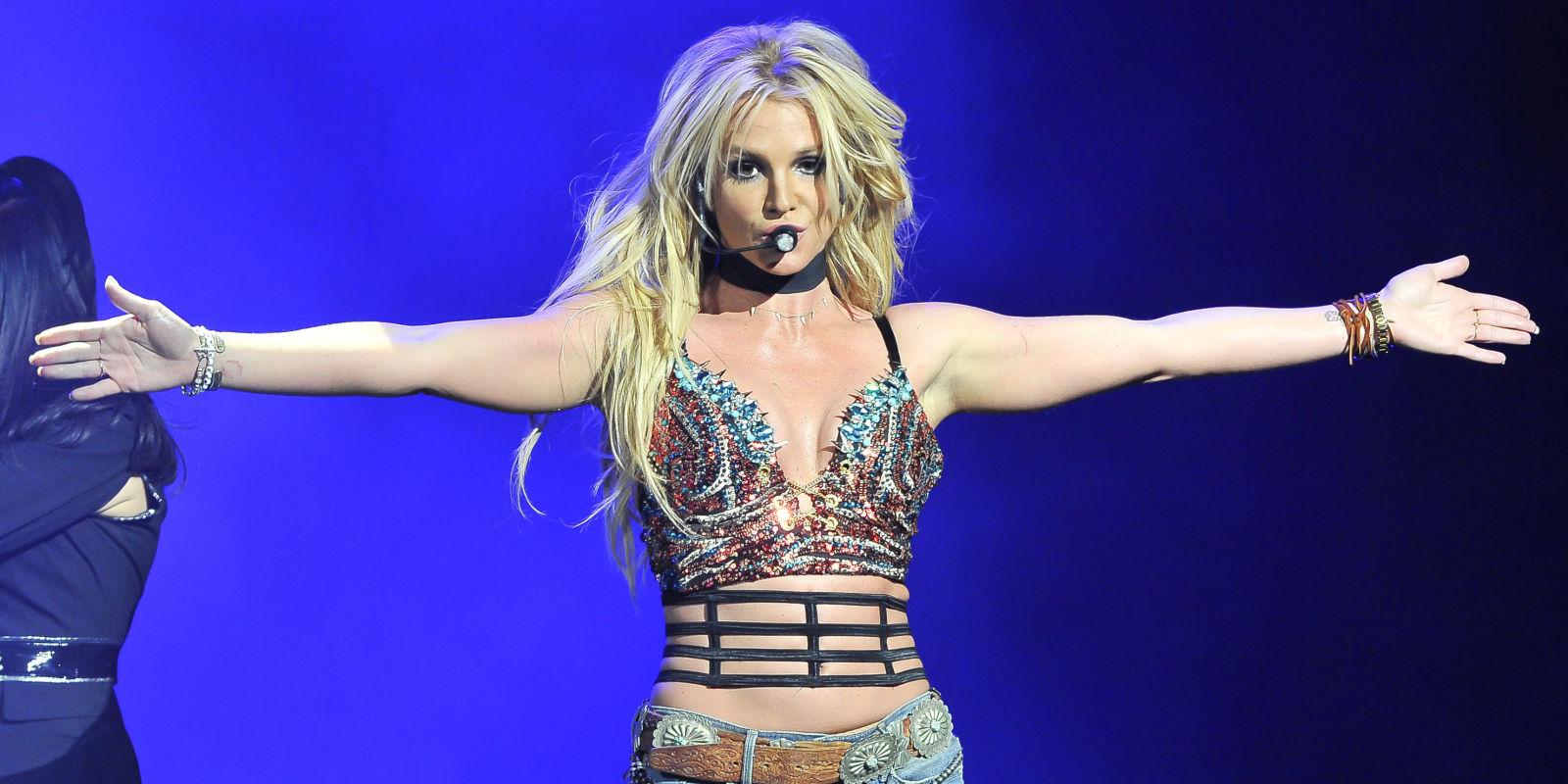 PSA: Britney Spears Is Still Very Much Alive