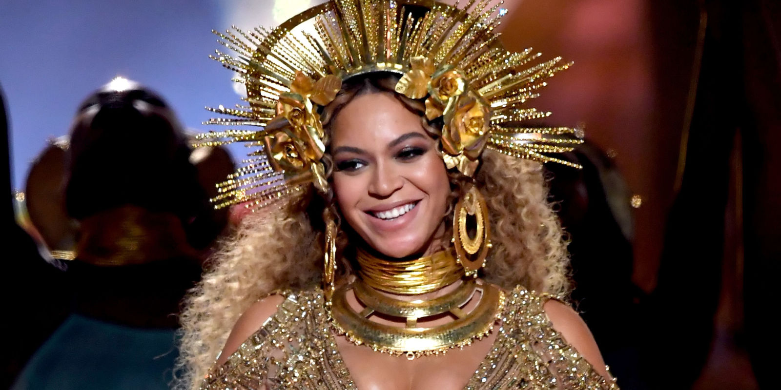 Here are 12 Celebrities Losing It Over Beyoncé's Grammy Performance