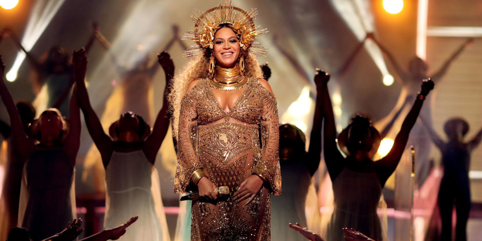 Image result for pregnant beyonce at grammy
