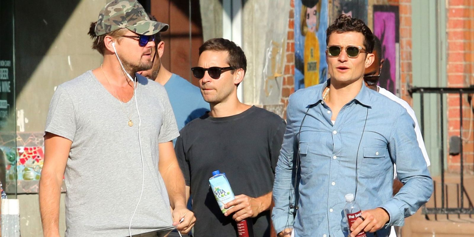 Leonardo DiCaprio, Tobey Maguire and Orlando Bloom Set the Record as Hottest Dog Walkers