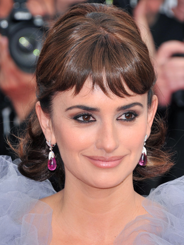 Wondrous 100 Hairstyles With Bangs You39Ll Want To Copy Celebrity Haircuts Hairstyles For Women Draintrainus