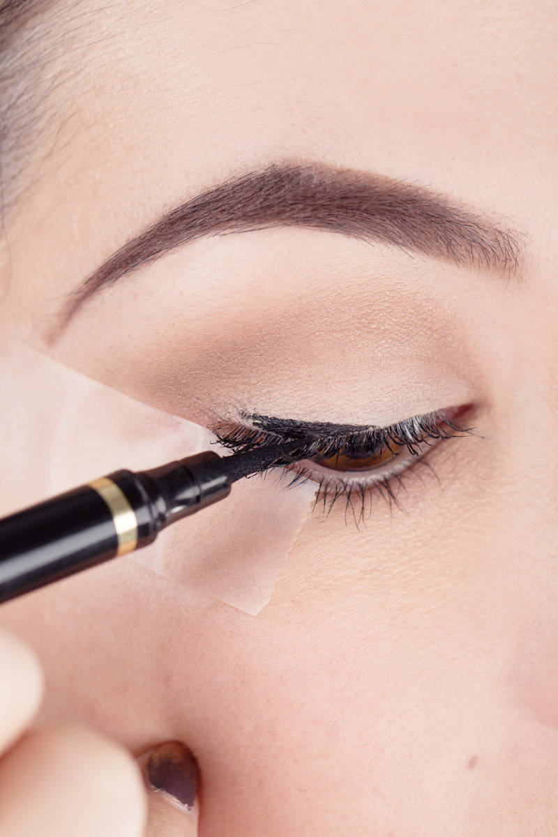 Liquid Eyeliner Tips - Scotch Tape Tips to Perfect Your Liquid ...