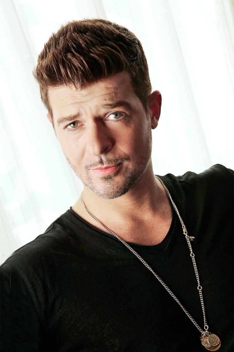 Robin thicke Nude Photos 56