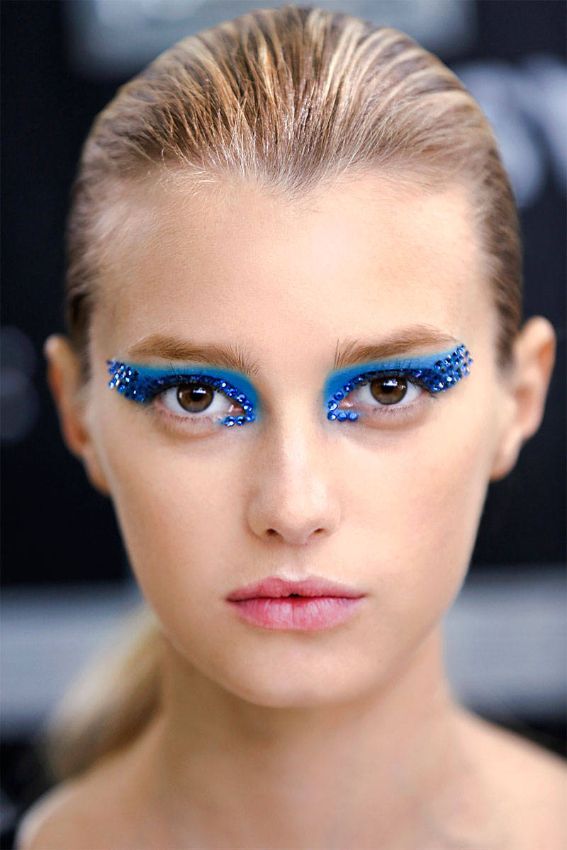 Runway Ideas For Blue Eye Makeup