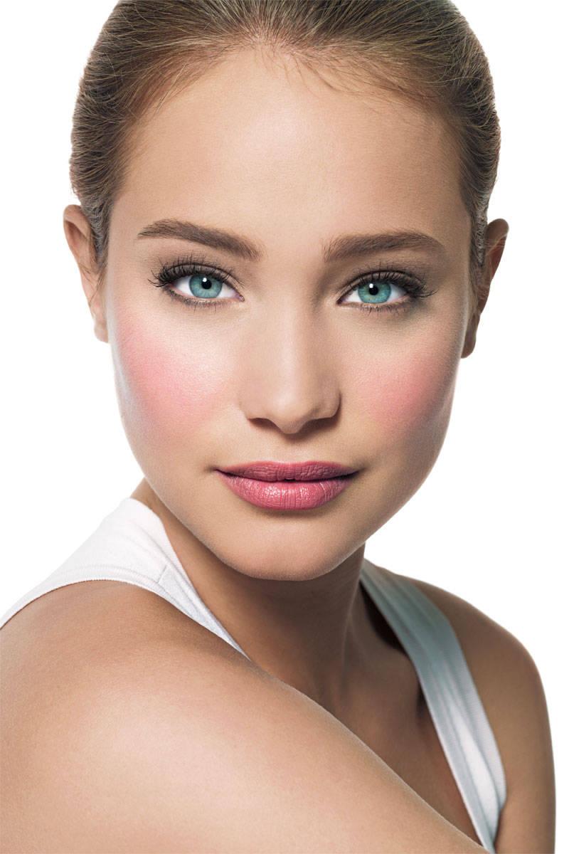 Brown Makeup Brushes: Bobbi Brown Classic Makeup Look