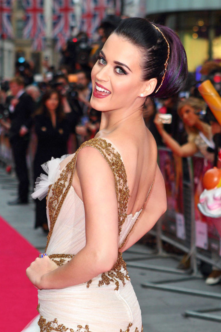 Katy Perry Part Of Me Premiere Hair Makeup 2012 Katy Perry Makeup Purple Hair