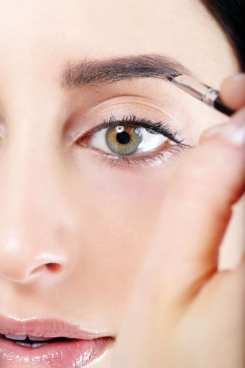 how to make eyebrows fuller naturally