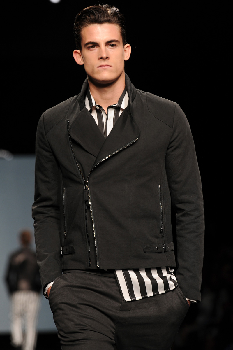 male runway fashion models wwwimgkidcom the image