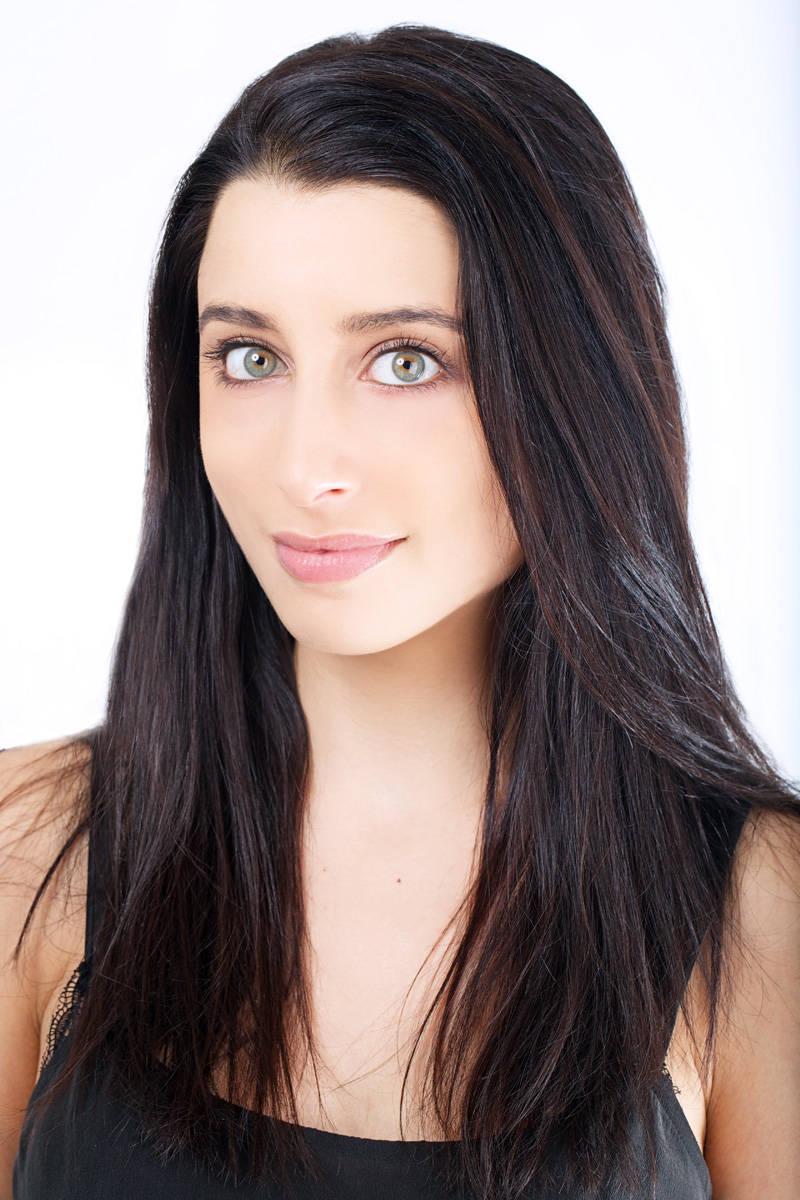 Eyebrow Makeup: 8 Easy Steps To Fuller Eyebrows