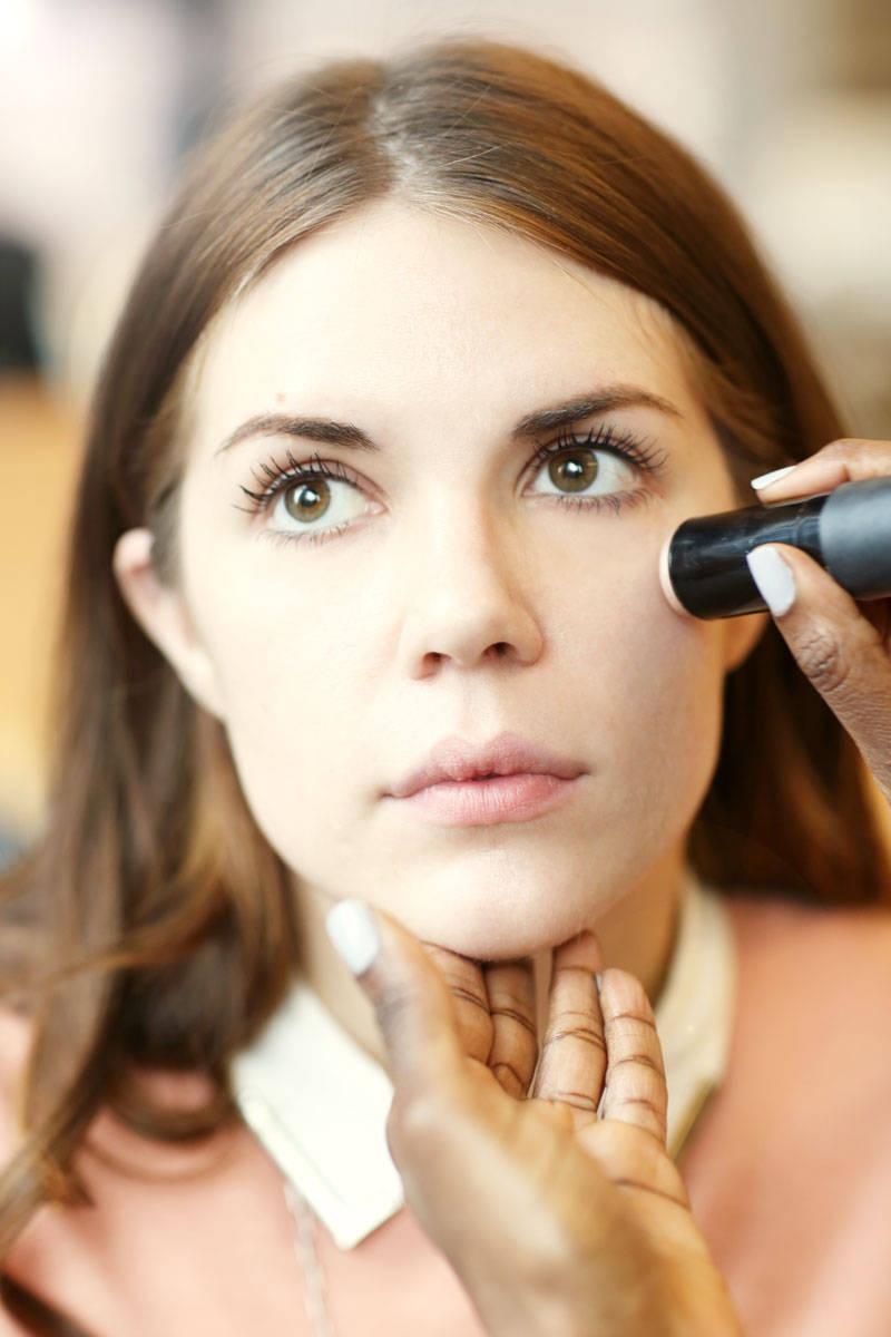 Brightening Makeup Looks