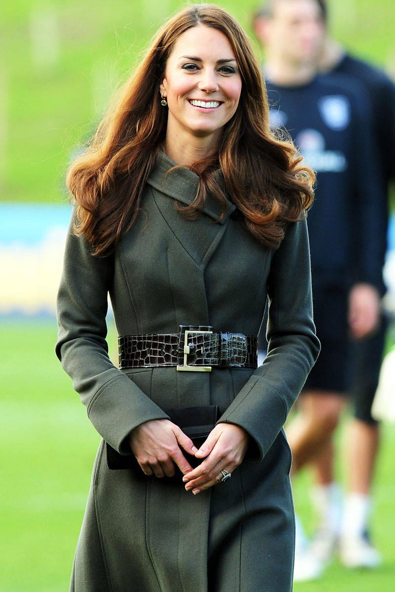 Ăn mặc theo phong cách công nương Kate Middleton