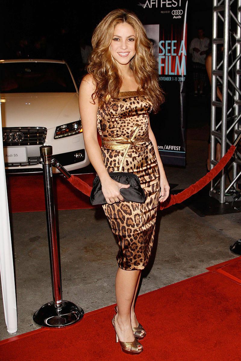 1000  ideas about Shakira Style on Pinterest | Shakira, Shakira ...