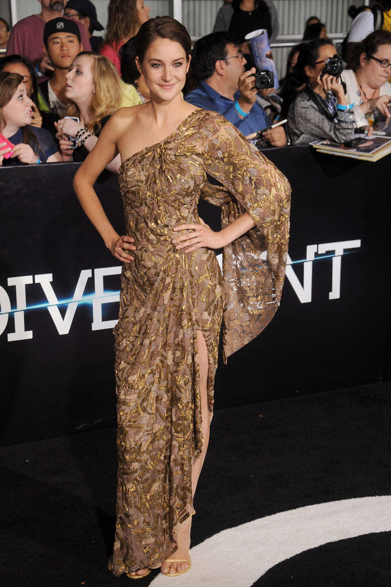 Shailene Woodley 39 S 39 Divergent 39 Switcheroo Shailene Woodley Fashion Photos