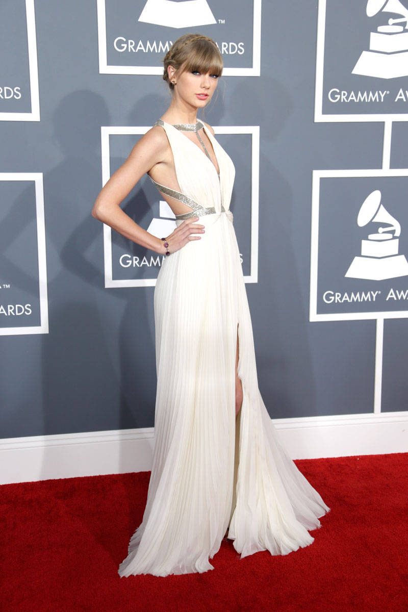 Grammy Awards 2013 Red Carpet Fashion and Beauty - Grammy Awards ...