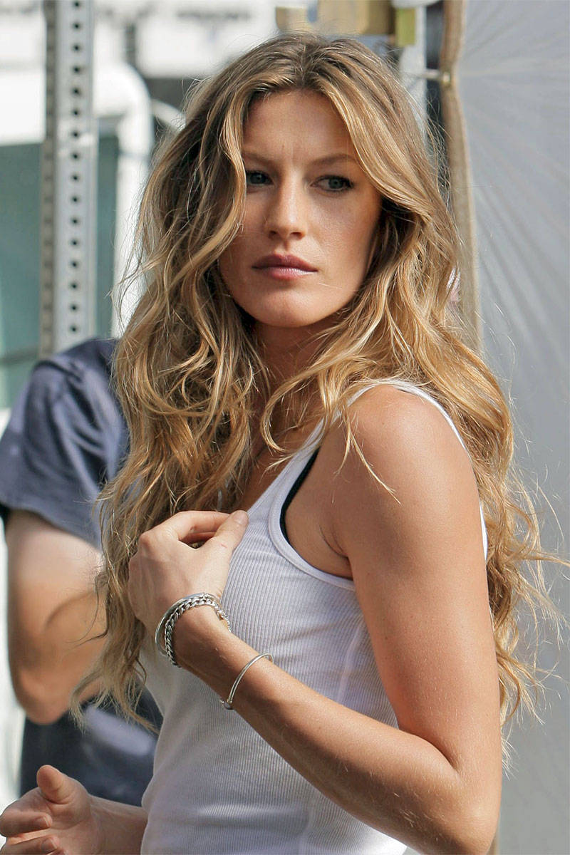 Long Wavy Hair Hairstyles Most Requested Long Hairstyle How To Get Giseles Long Wavy Hair