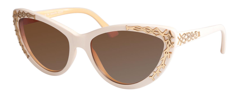 Nanette Lepore Vogue Eyewear Emma Sunglasses Emma Roberts Is Nanette Lepore S Muse