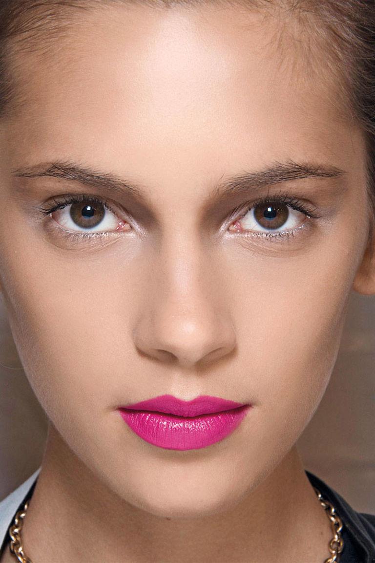 Какой макияж к цвету фуксии