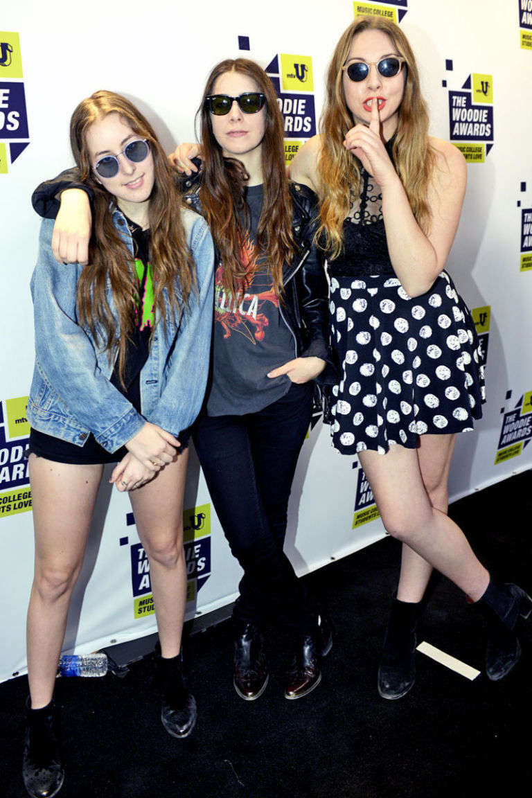 Haim Style Fashion Pictures Of Haim