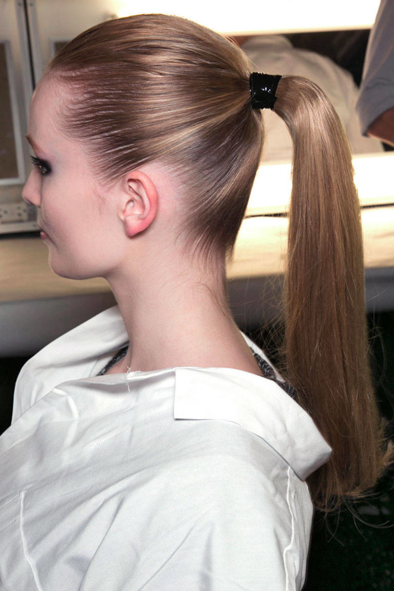 How To Do A Ponytail