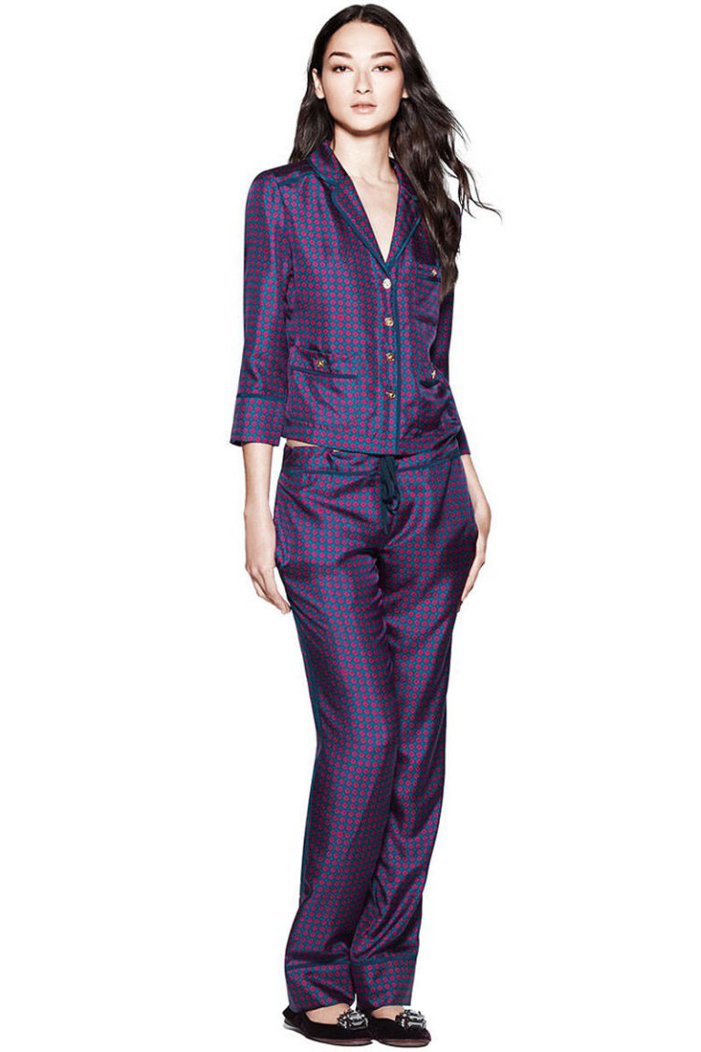 Shop luxury pyjamas and nightwear accessories for men and women online at the Pyjama Store. Specialising in beautiful pyjamas from all the biggest brands online.