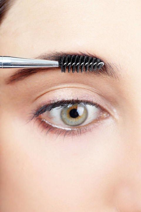 How to Fill in Eyebrows - 8 Easy Steps to Fuller Eyebrows ...